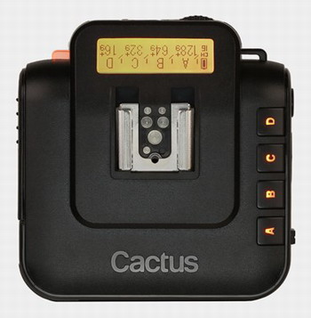 Cactus Wireless Flash Transceiver V6: un controlador de flash inalámbrico y compatible con todos.